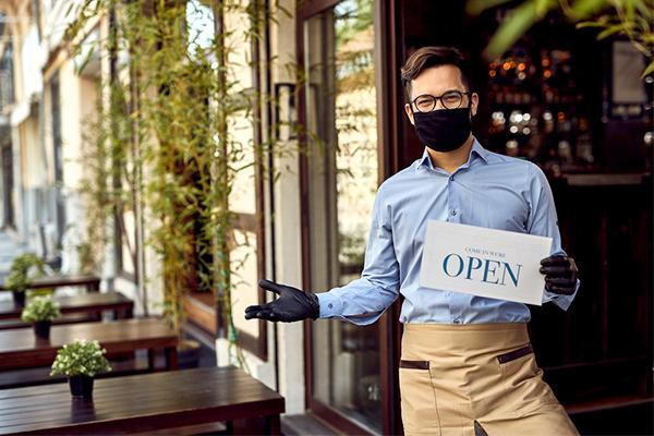 Waiter in PPE
